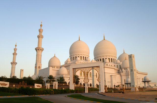 Velká mešita v Abu Dhabi