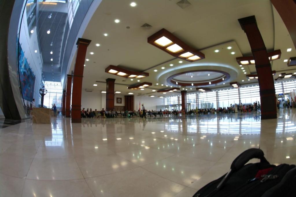 Na vnitrostátn� m terminálu v Bishkeku
