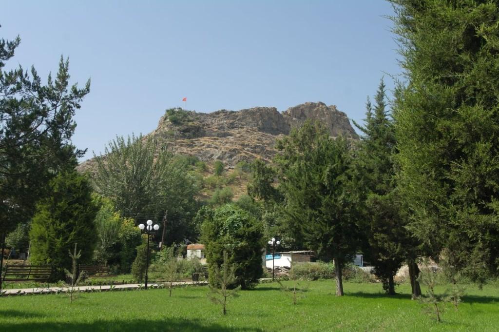 Výhled z parku na Sulaiman-Too