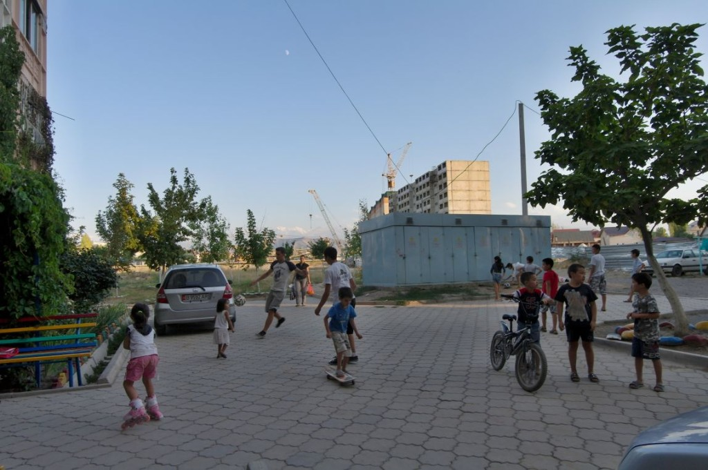 Kdesi na předměst�  Bishkeku
